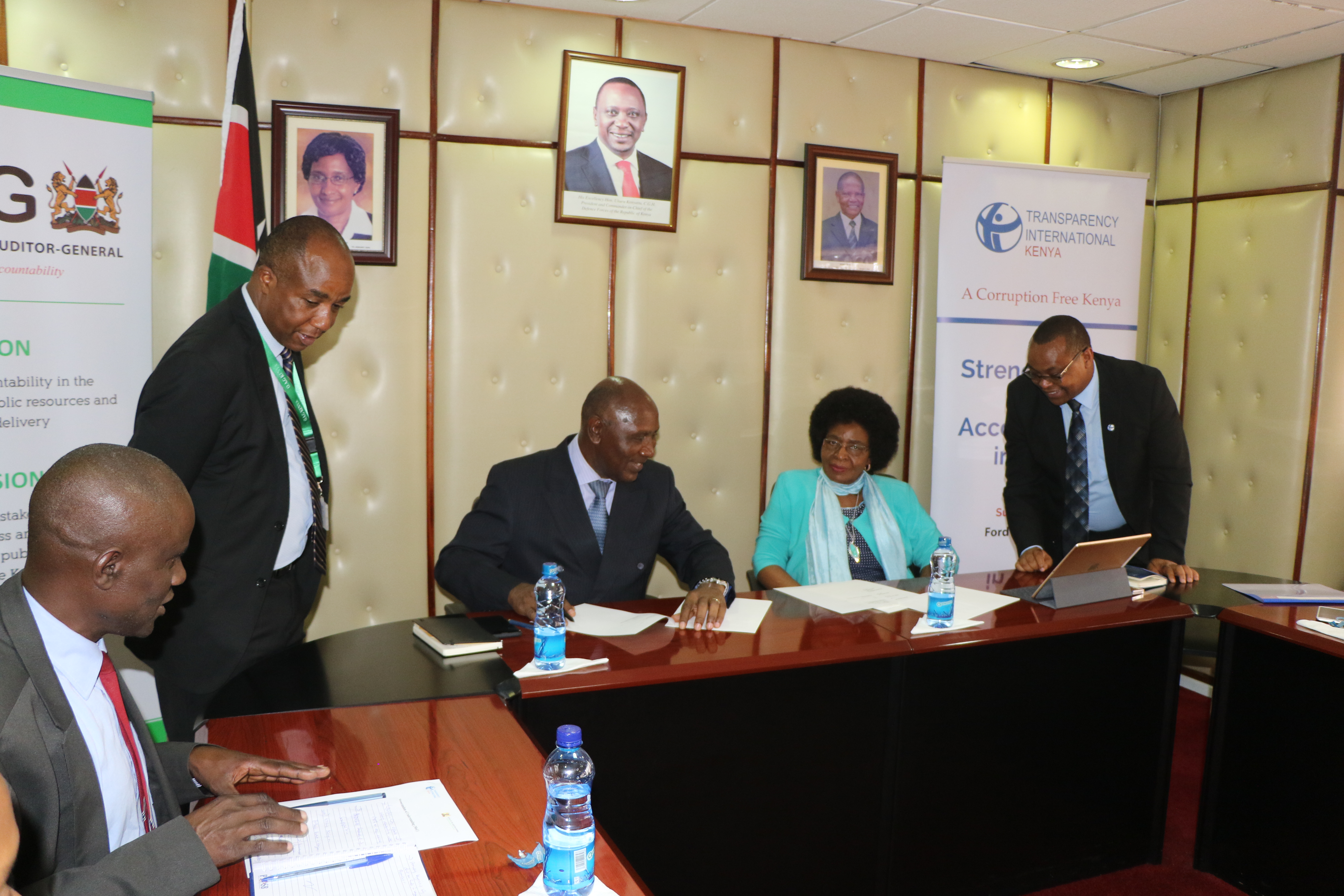 TI-Kenya Signs MOU with the Office of the Auditor General